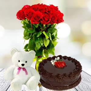 Roses Teddy And Cake: Gift Sonipat,  India