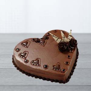 Heart Shaped Choco Cake: Gift Vijayawada,  India