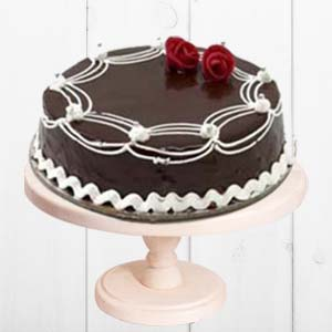 Rich Chocolate Cake: Anniversary Gifts For Mom Sambalpur,  India