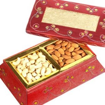 Dry Fruit Small Box: Gifts Vijayawada,  India