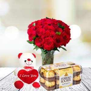 Rose Bunch, Chocolate & Soft Toy: Gifts Bangalore,  India