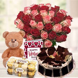 Beautiful Gifts Hamper: Valentine's Day Chocolates Thiruvananthapuram,  India
