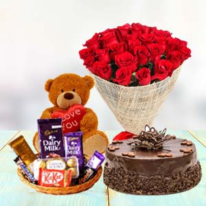 Valentine Chocolate Combo: Gift Manesar,  India