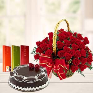 Roses Combo With Rich Chocolate Cake: Gift Ambala,  India