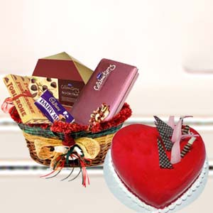 Heart Shaped Cake With Mix Chocolates: Gift Visakhapatnam,  India