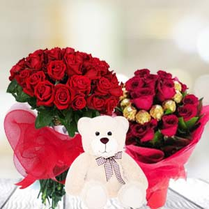 Valentine Teddy And Chocolates Combos: Valentine's Day Chocolates Thiruvananthapuram,  India