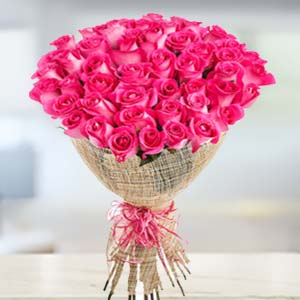 Bouquet Of 30 Pink Roses: Rose Day Aurangabad,  India
