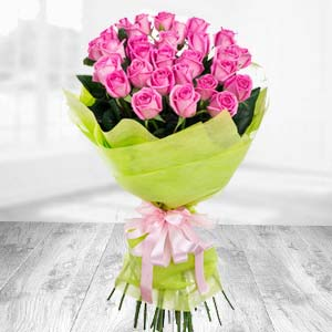 Bunch of 20 Pink Roses  Flowers Mixed Carnation  Bunch, India