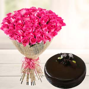 Fresh Pink Roses With Chocolate Cake: Boss-day  India