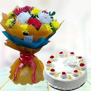 Fresh Mix Flowers With Pineapple Cake: Gift Trivandrum,  India