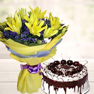 Yellow Lilies With Vanila Cake: Gift Kolhapur,  India