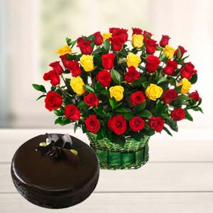 Roses With Dark Chocolate Cake: Gifts For Her Jalandhar,  India
