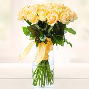 Yellow Roses In Glass Vase: Gift For Friends  India
