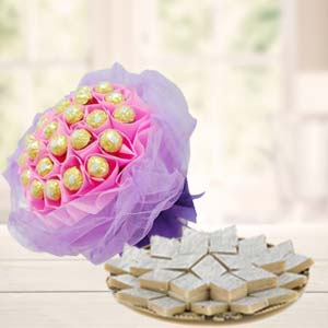Ferrero Rocher Bouquet With Sweets: Mothers-day-sweets  India