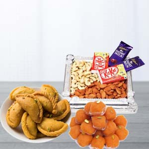 Mix Sweets Combo With Dry Fruits: Gifts Mumbai,  India