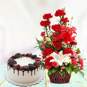 Red Carnations With Oreo Cake: Gift Yamuna Nagar,  India