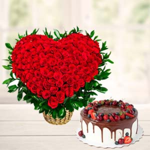 Roses Arrangement With Fruit Cake: Gift Delhi,  India