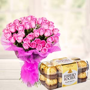 Pink Roses With Ferero Rocher: Gifts Bangalore,  India