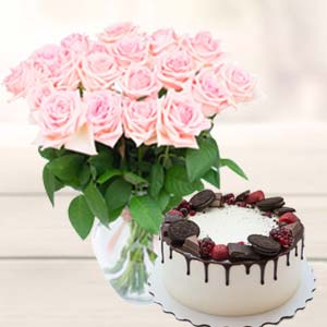 Flowers With Oreo Cake: Gift Bhatinda,  India