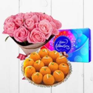 Pink Roses With MotiChoor Ladoo: Gift Latur,  India