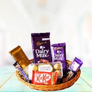 Sweetness Of Chocolates: Gifts For Her Hissar,  India