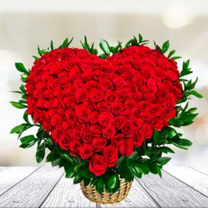 100 Red Roses Arrangement: Rose Day Noida,  India